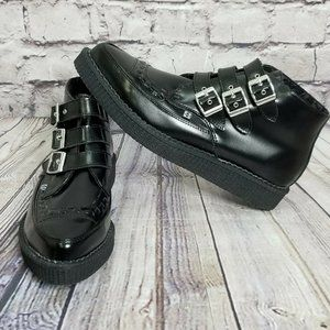 TUK M11 Shiny Black Leather Buckle Up Pointed Boot